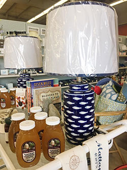 Housewares & Gifts